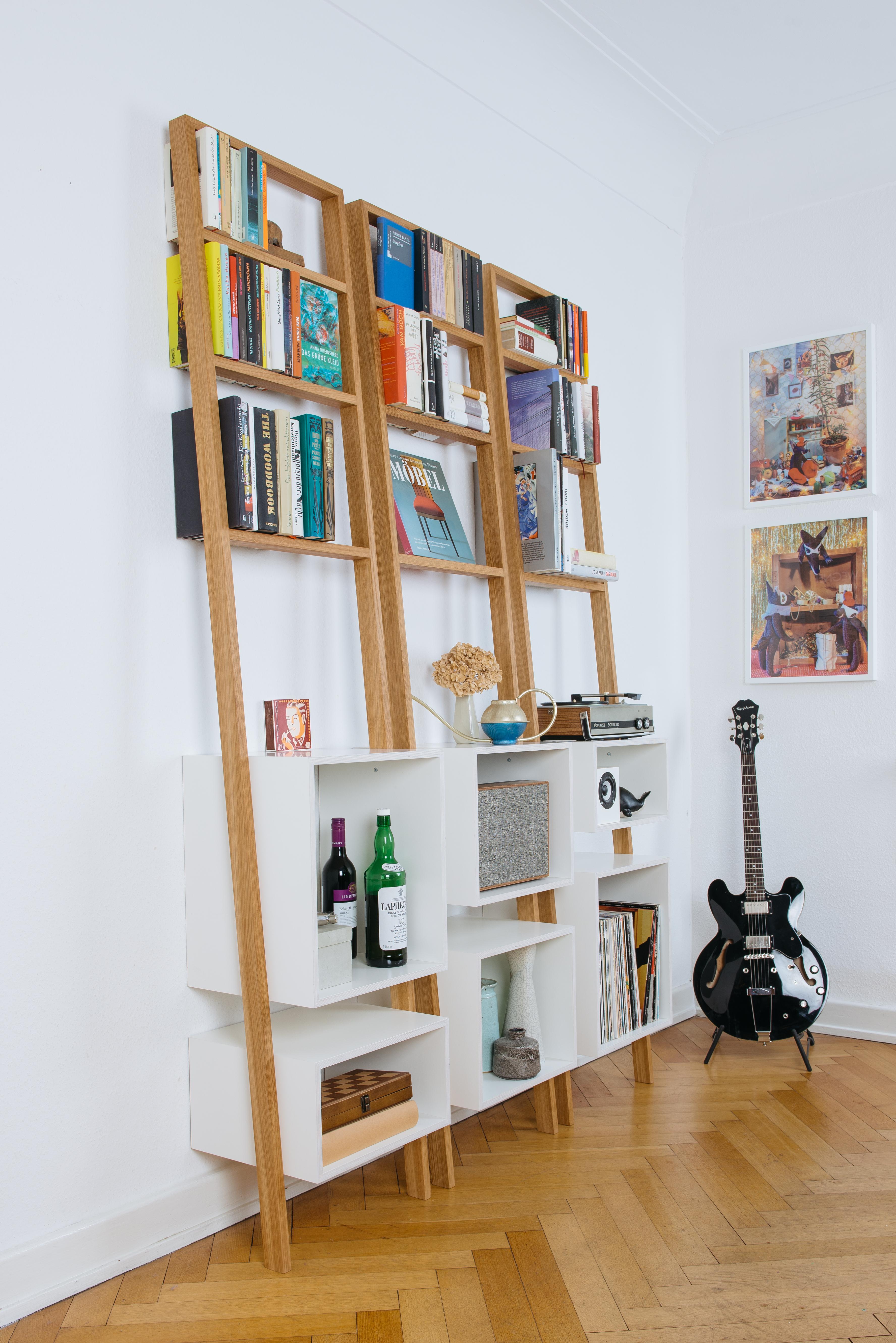 leiterregal brecht das kleine b. Black Bedroom Furniture Sets. Home Design Ideas