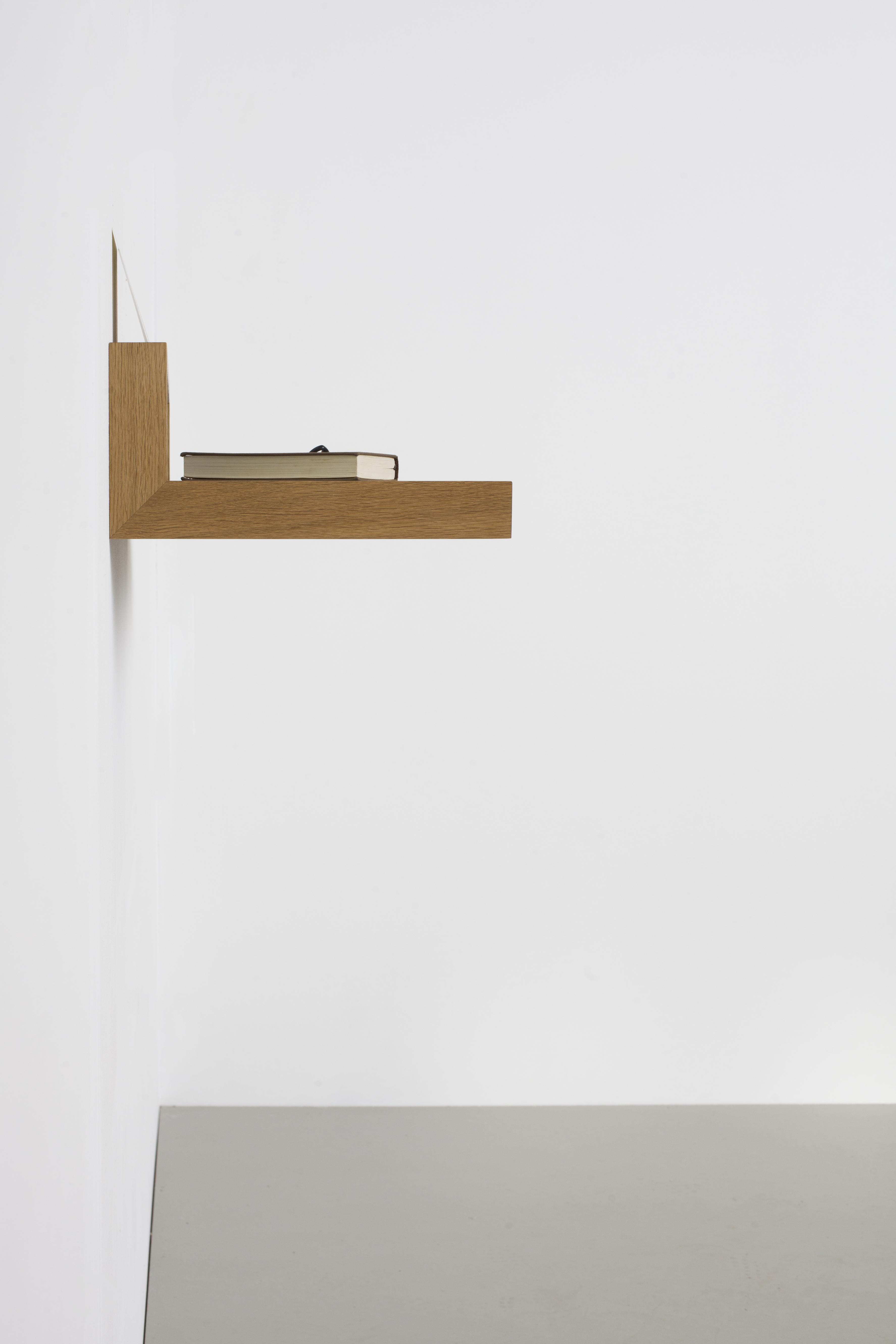 ablagebord buck das kleine b. Black Bedroom Furniture Sets. Home Design Ideas